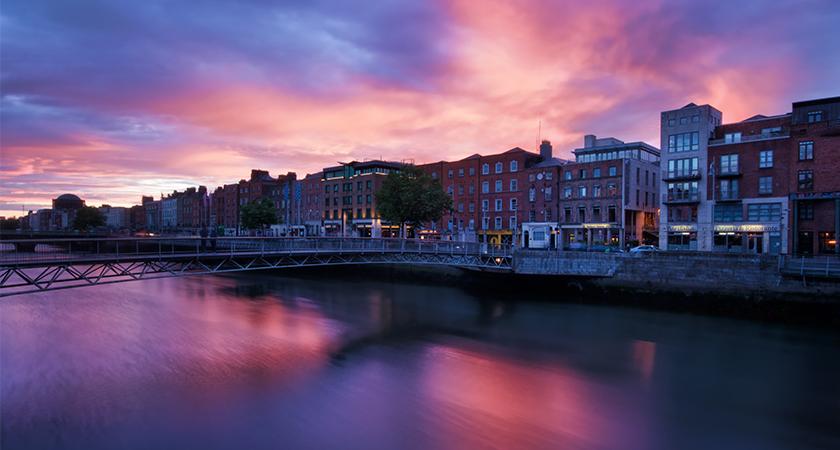 Live- Ierland gidsvermeldingsproces